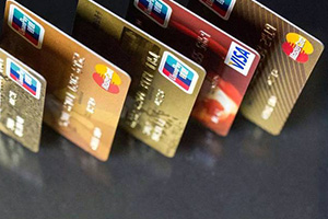 沈阳信用卡以卡养卡到底留多少额度才是